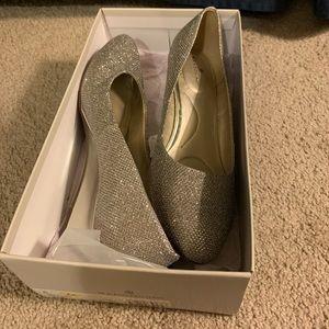 Bandolino Gold Wedge Shoes